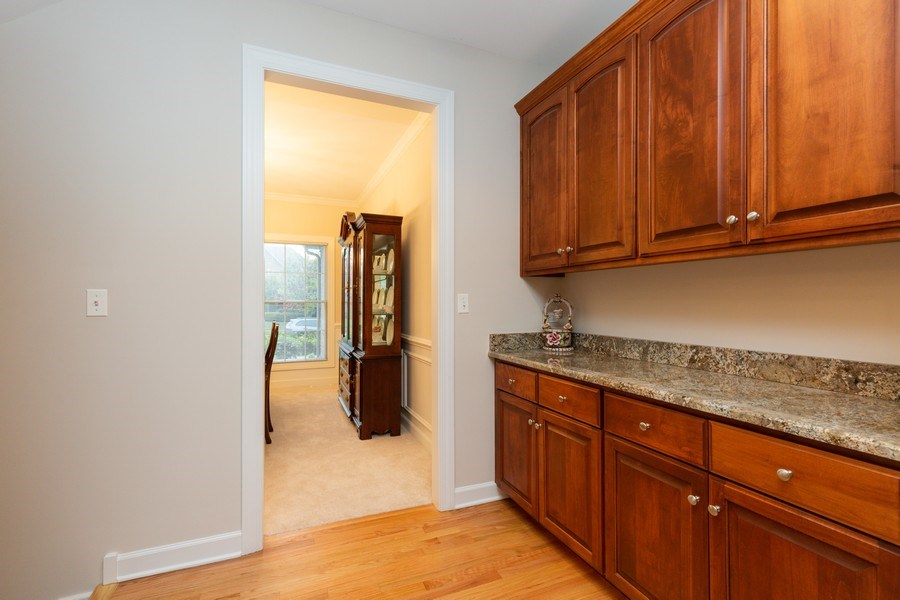Real Estate Photography - 1711 Stone Ridge Lane, Algonquin, IL, 60102 - Butler's Pantry