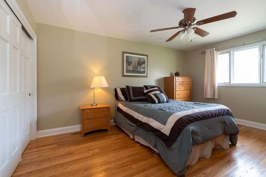 Real Estate Photography - 6022 andres Avenue, Tinley Park, IL, 60477 - 2nd Bedroom