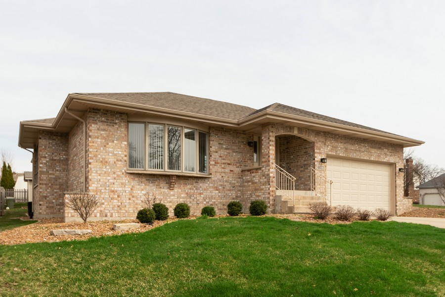 Real Estate Photography - 6022 andres Avenue, Tinley Park, IL, 60477 - Front View