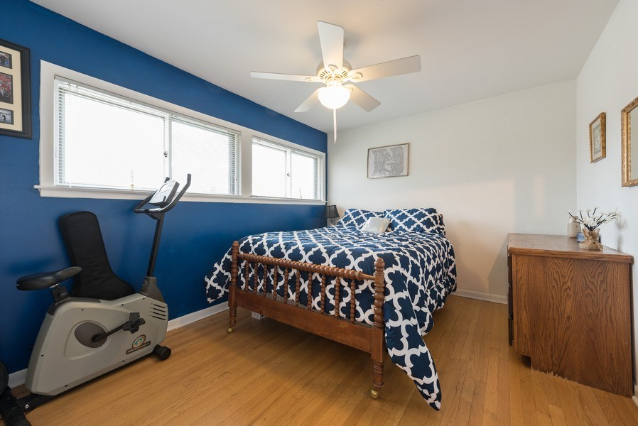 Real Estate Photography - 529 Kin Court, Wilmette, IL, 60091 - 2nd Bedroom