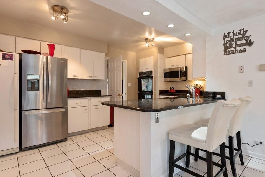 Real Estate Photography - 529 Kin Court, Wilmette, IL, 60091 - Kitchen