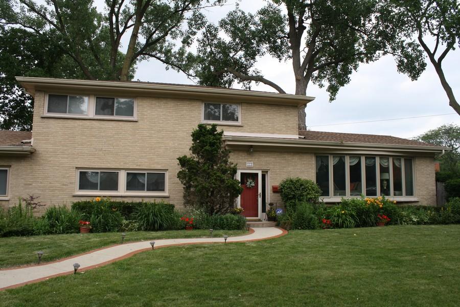 Real Estate Photography - 529 Kin Court, Wilmette, IL, 60091 -