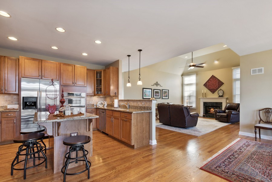 Real Estate Photography - 1770 W. Newport Court, Lake Forest, IL, 60045 - Kitchen / Breakfast Room