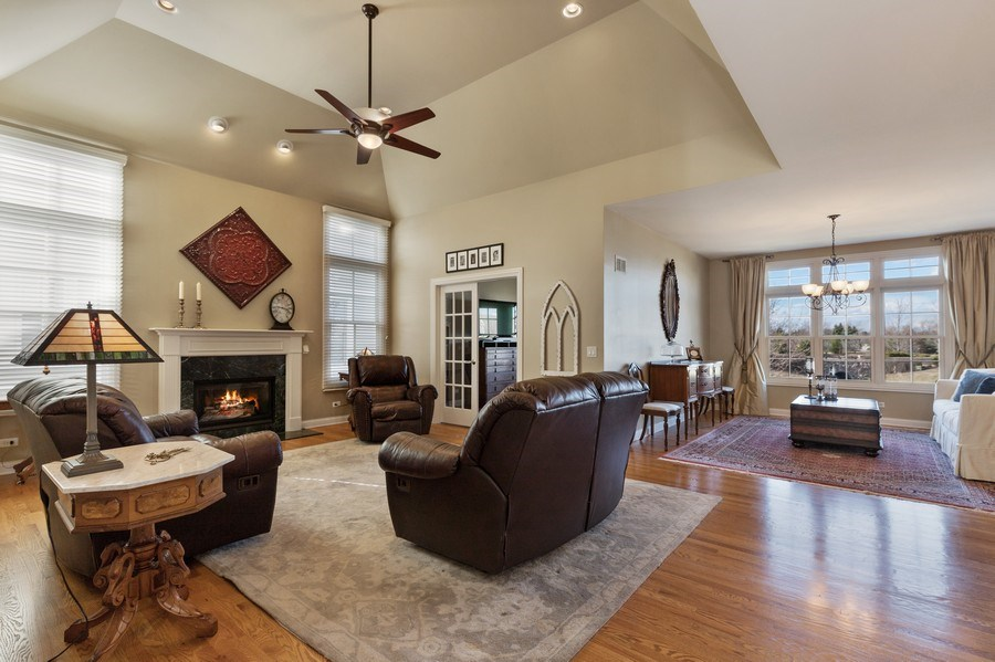Real Estate Photography - 1770 W. Newport Court, Lake Forest, IL, 60045 - Family Room