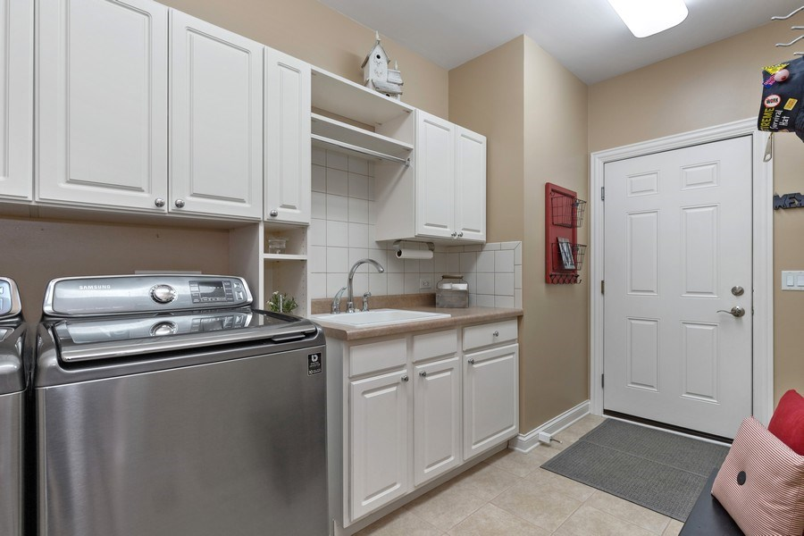 Real Estate Photography - 1770 W. Newport Court, Lake Forest, IL, 60045 - Laundry Room
