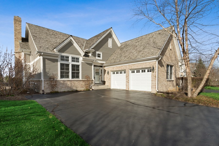 Real Estate Photography - 1770 W. Newport Court, Lake Forest, IL, 60045 - Front View