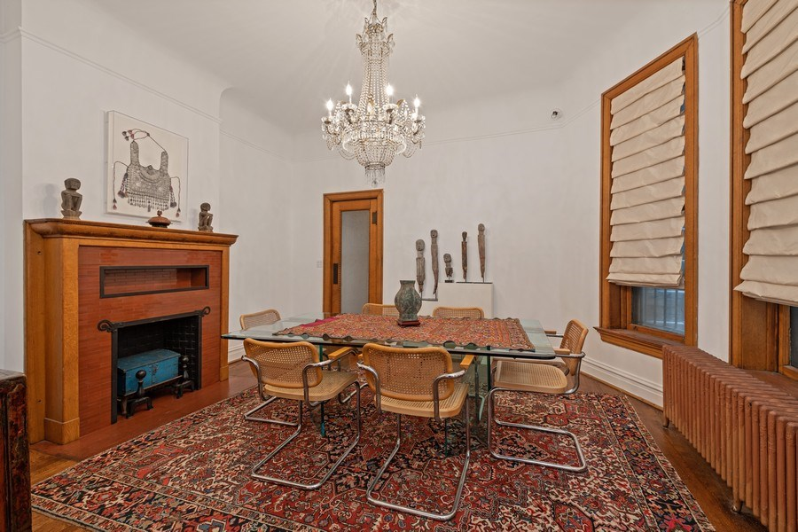 Real Estate Photography - 439 W. Roslyn Place, Chicago, IL, 60614 - Dining Room