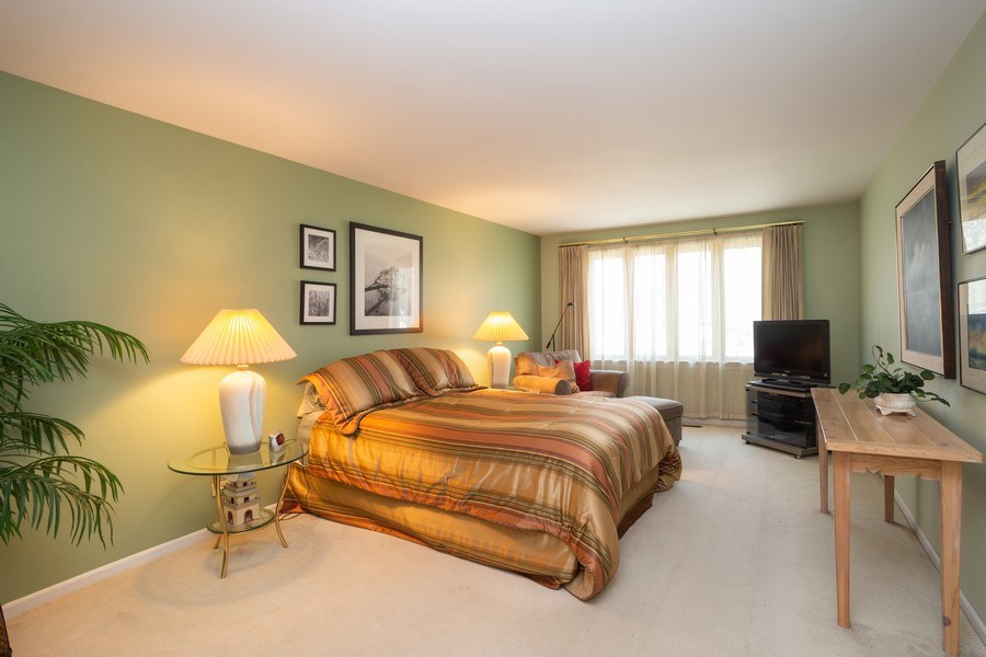 Real Estate Photography - 115 N. HARVARD Avenue, Arlington Heights, IL, 60005 - Master Bedroom
