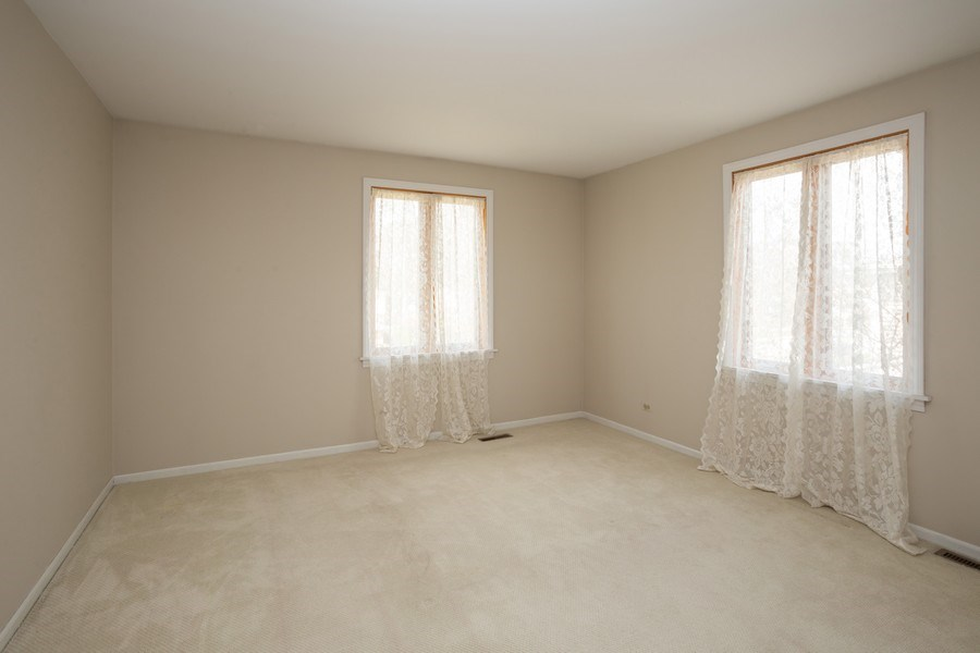 Real Estate Photography - 115 N. HARVARD Avenue, Arlington Heights, IL, 60005 - 2nd Bedroom