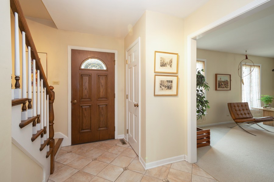 Real Estate Photography - 115 N. HARVARD Avenue, Arlington Heights, IL, 60005 - Foyer