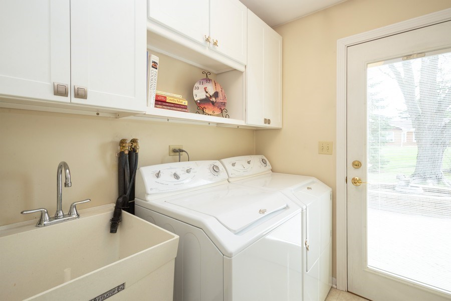 Real Estate Photography - 115 N. HARVARD Avenue, Arlington Heights, IL, 60005 - Laundry Room