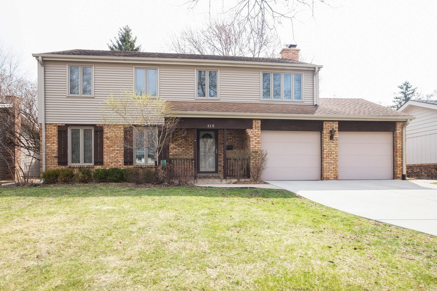 Real Estate Photography - 115 N. HARVARD Avenue, Arlington Heights, IL, 60005 - Front View