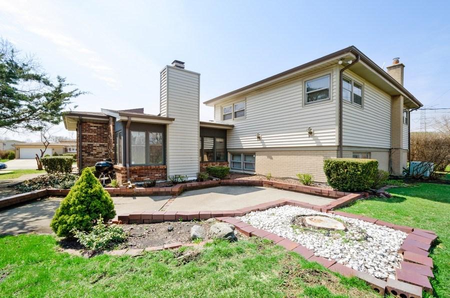 Real Estate Photography - 7632 Maple Street, Morton Grove, IL, 60053 - Back Yard