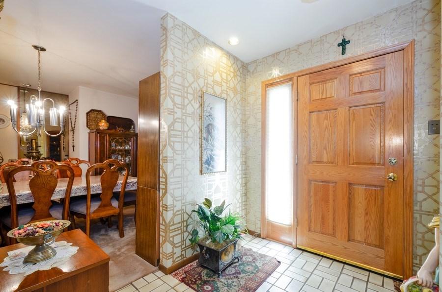 Real Estate Photography - 7632 Maple Street, Morton Grove, IL, 60053 - Foyer