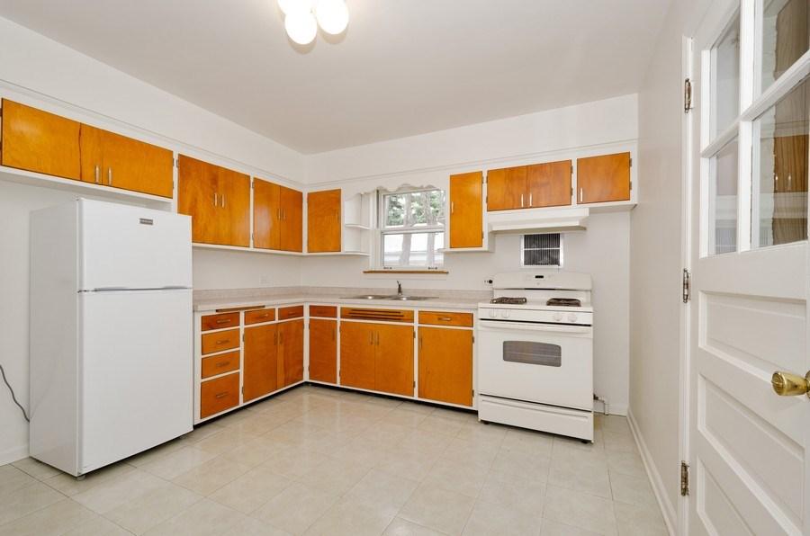 Real Estate Photography - 6132 N. Karlov Avenue, Chicago, IL, 60646 - Kitchen