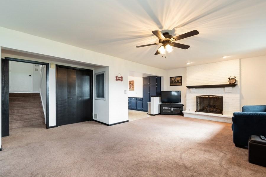 Real Estate Photography - 15332 Paddock Lane, Homer Glen, IL, 60491 - Family Room