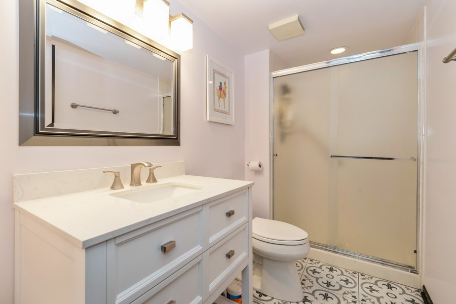 Real Estate Photography - 15332 Paddock Lane, Homer Glen, IL, 60491 - 2nd Bathroom