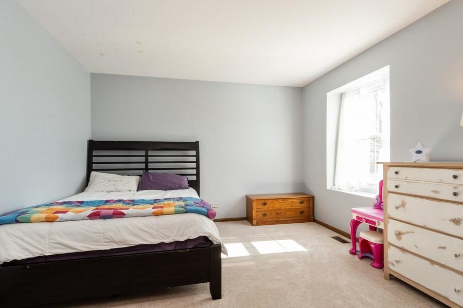 Real Estate Photography - 2730 Leyland Lane, Aurora, IL, 60504 - 2nd Bedroom