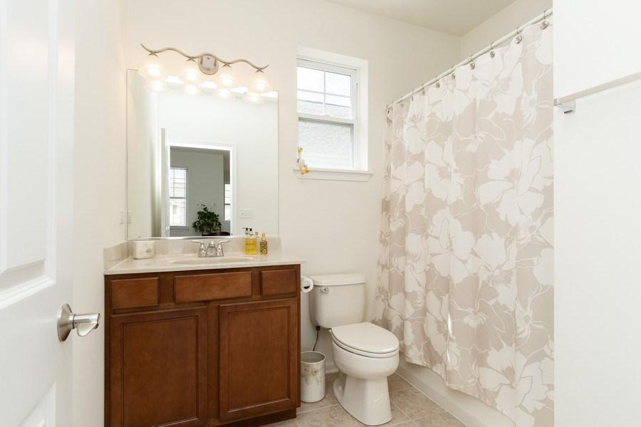 Real Estate Photography - 1132 FOXRIDGE Lane, Aurora, IL, 60502 - 2nd Bathroom