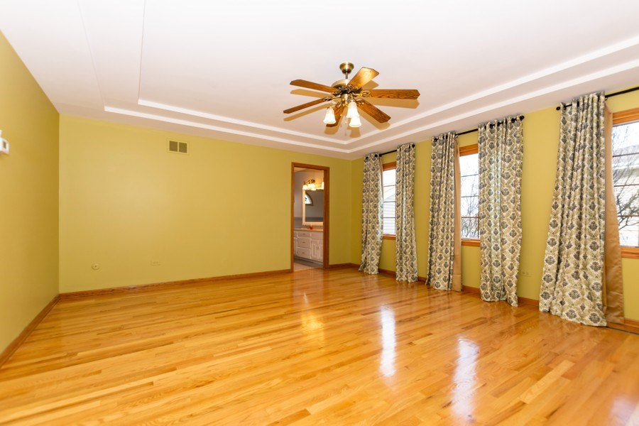 Real Estate Photography - 17312 Valley View Drive, Tinley Park, IL, 60477 - Master Bedroom