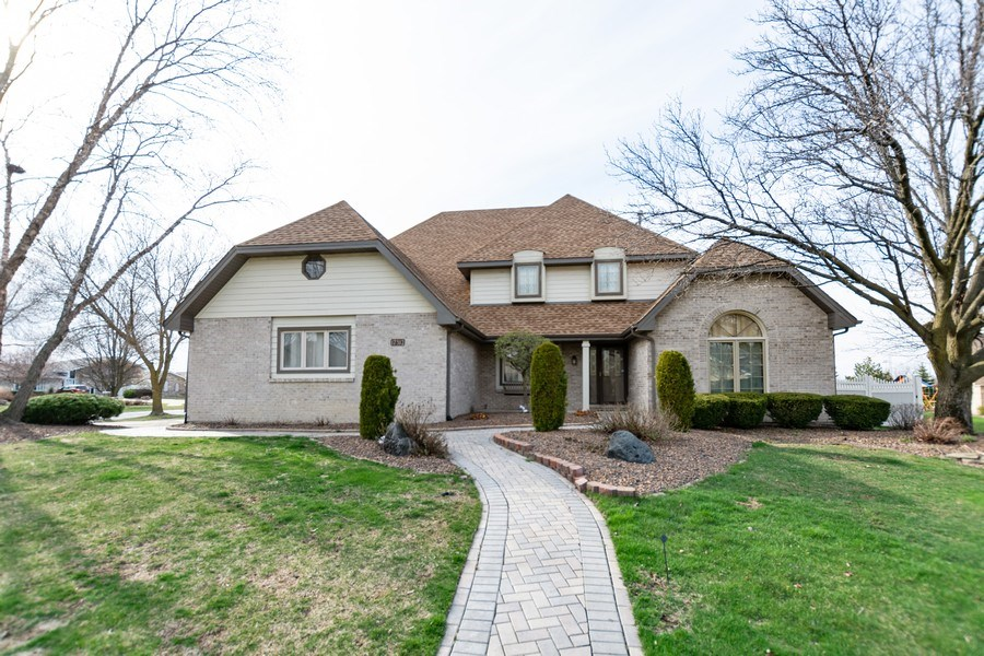 Real Estate Photography - 17312 Valley View Drive, Tinley Park, IL, 60477 - Front View
