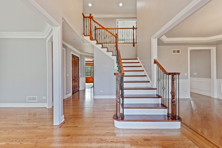 Real Estate Photography - 6816 Quincy, Willowbrook, IL, 60527 - Foyer