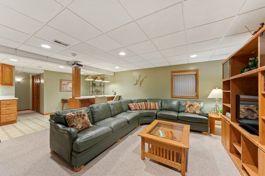 Real Estate Photography - 4017 Mitchell Drive, Arlington Heights, IL, 60004 - Basement