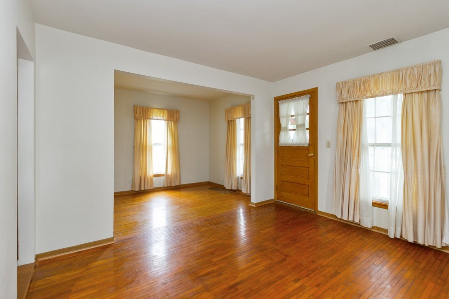 Real Estate Photography - 117 N. White Street, Frankfort, IL, 60423 - Dining Room