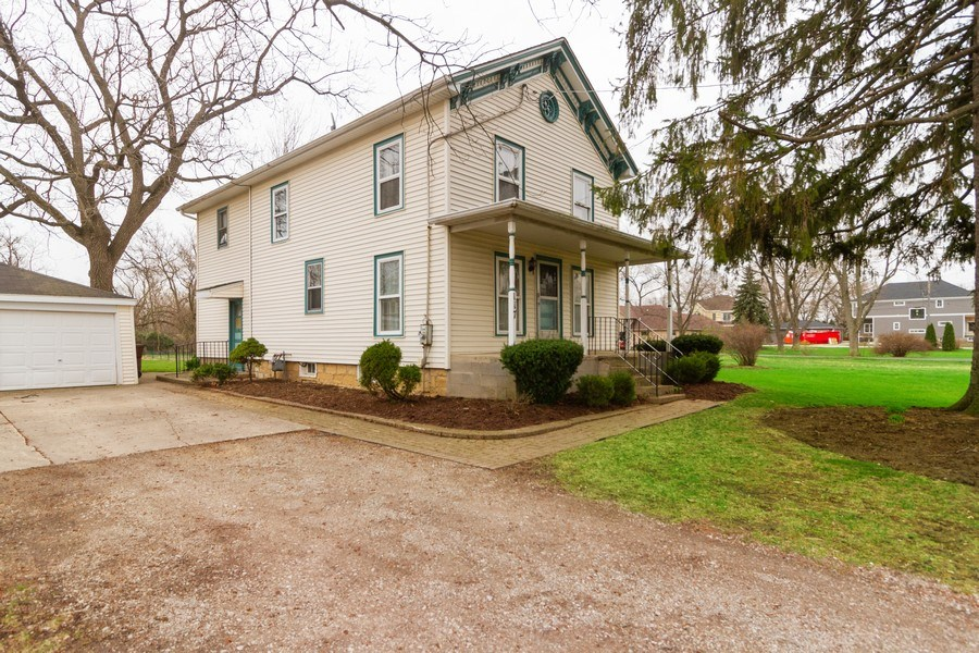 Real Estate Photography - 117 N. White Street, Frankfort, IL, 60423 - Front View