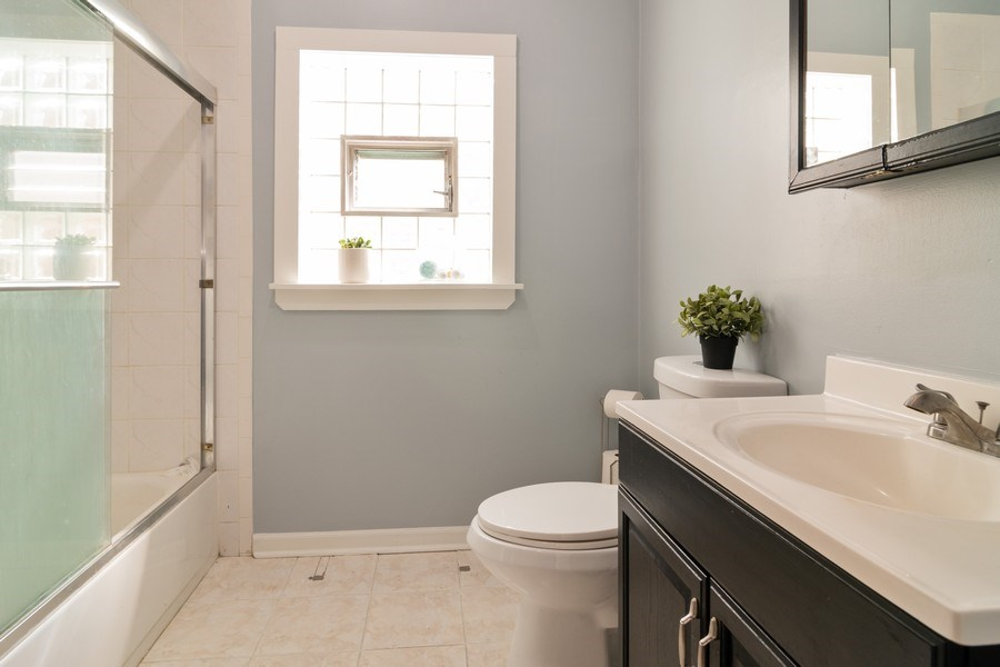 Real Estate Photography - 2902 N. Newcastle Avenue, Chicago, IL, 60634 - Bathroom