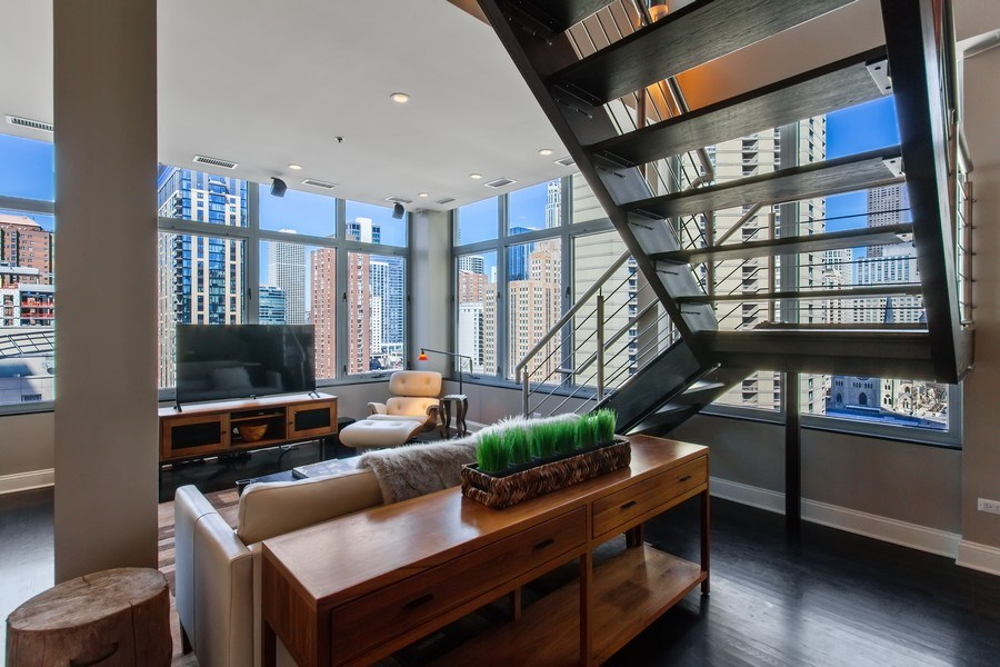 Real Estate Photography - 101 W. Superior Street, Unit 1204, Chicago, IL, 60611 - Living Room