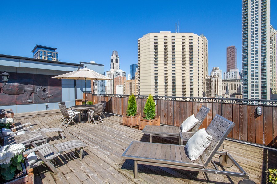 Real Estate Photography - 101 W. Superior Street, Unit 1204, Chicago, IL, 60611 - Rooftop Deck