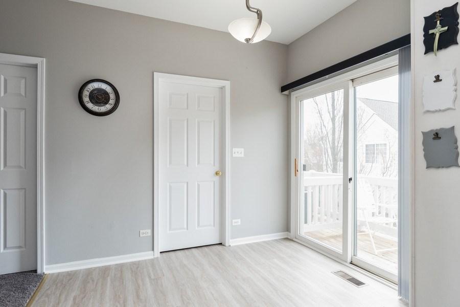 Real Estate Photography - 2214 Daybreak Drive, Aurora, IL, 60503 - Breakfast Area