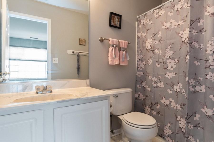 Real Estate Photography - 2214 Daybreak Drive, Aurora, IL, 60503 - 2nd Bathroom