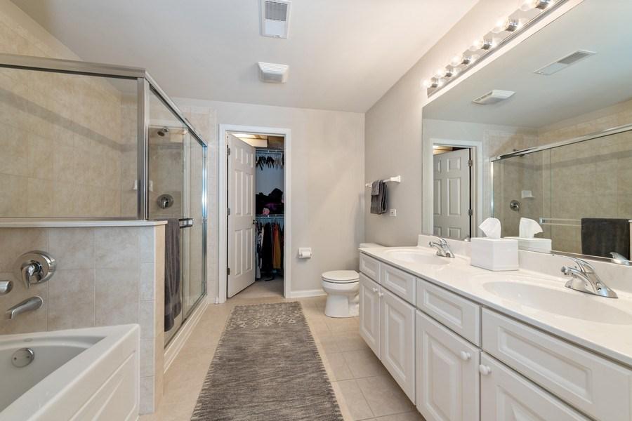 Real Estate Photography - 2477 Wilton Lane, Unit 2477, Aurora, IL, 60502 - Master Bathroom