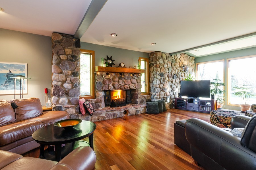 Real Estate Photography - 18N579 Field Ct, Dundee, IL, 60118 - Living Room