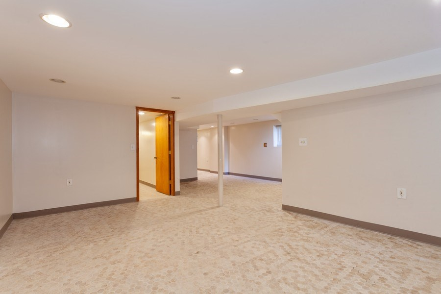 Real Estate Photography - 1309 Ridgeland Ave, Berwyn, IL, 60402 - Basement