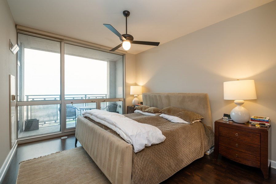Real Estate Photography - 1901 S. Calumet Avenue, Unit 1407, Chicago, IL, 60616 - Master Bedroom