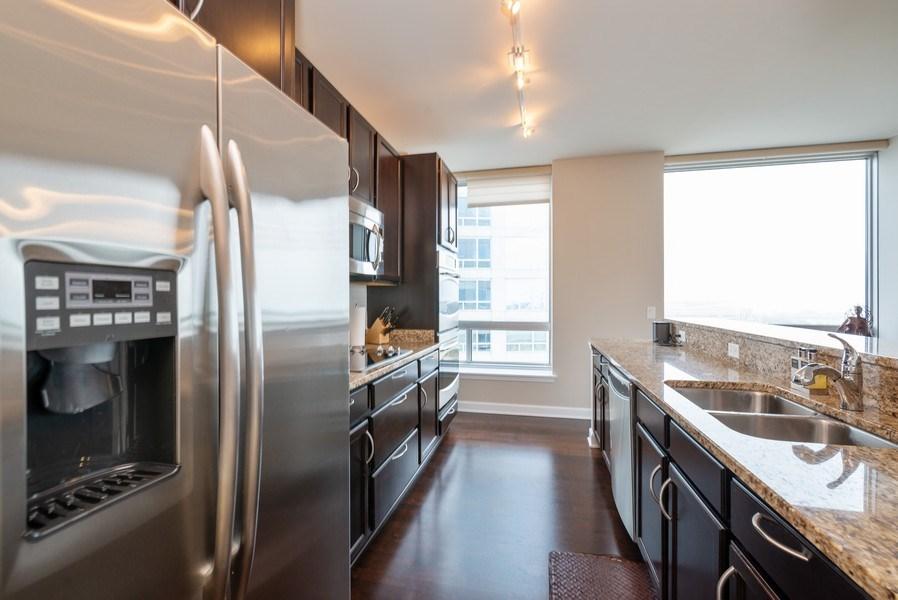 Real Estate Photography - 1901 S. Calumet Avenue, Unit 1407, Chicago, IL, 60616 - Kitchen