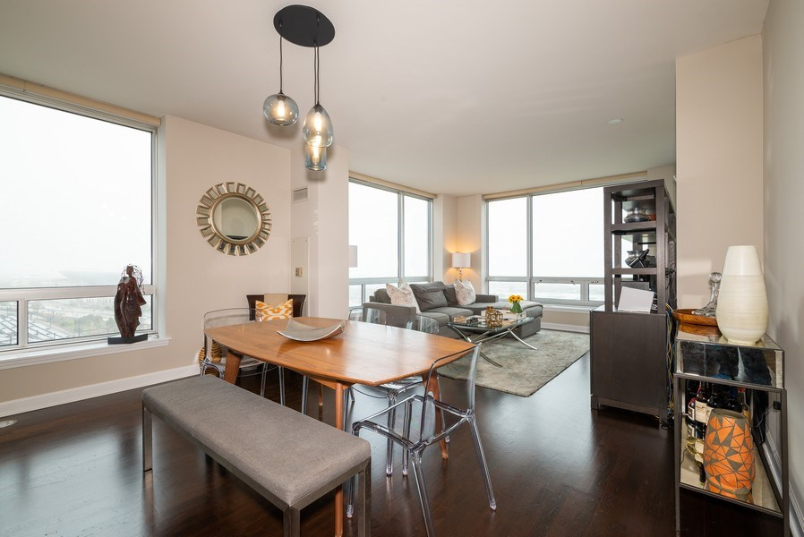 Real Estate Photography - 1901 S. Calumet Avenue, Unit 1407, Chicago, IL, 60616 - Living Room / Dining Room