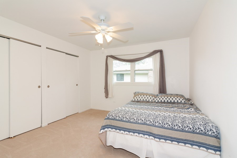 Real Estate Photography - 10S225 Kaye Ln, Willowbrook, IL, 60527 - 2nd Bedroom