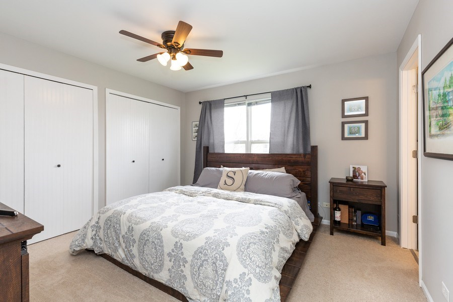 Real Estate Photography - 2801 HILLSBORO Lane, Lake In The Hills, IL, 60156 - Master Bedroom