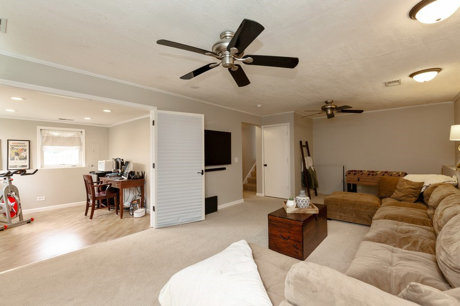 Real Estate Photography - 2801 HILLSBORO Lane, Lake In The Hills, IL, 60156 - Family Room