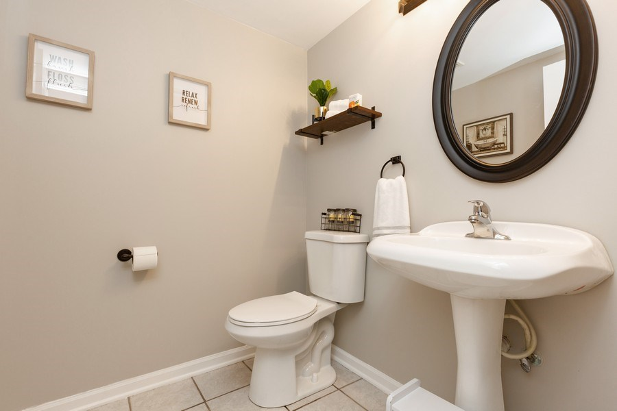 Real Estate Photography - 2801 HILLSBORO Lane, Lake In The Hills, IL, 60156 - Half Bath