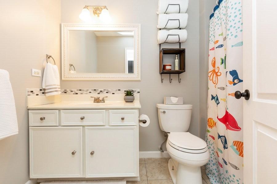 Real Estate Photography - 2801 HILLSBORO Lane, Lake In The Hills, IL, 60156 - Bathroom