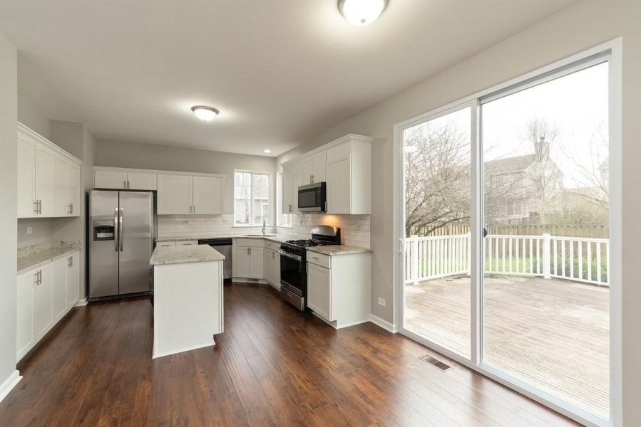 Real Estate Photography - 1732 Ellington Drive, Aurora, IL, 60503 - Kitchen / Breakfast Room