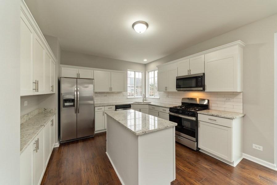 Real Estate Photography - 1732 Ellington Drive, Aurora, IL, 60503 - Kitchen