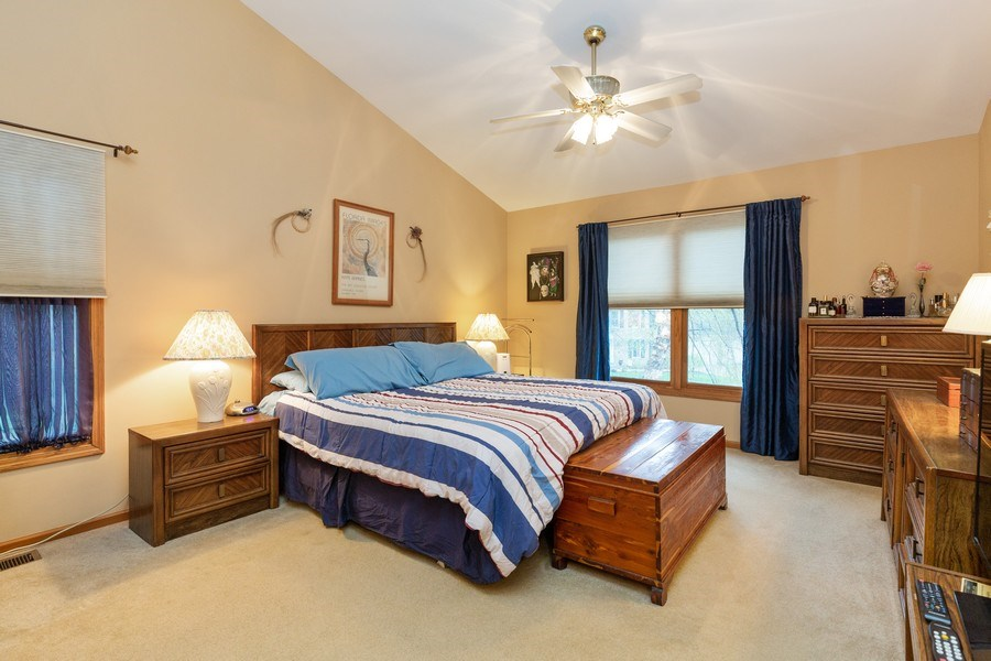 Real Estate Photography - 5 Cardiff Court, Algonquin, IL, 60102 - Master Bedroom