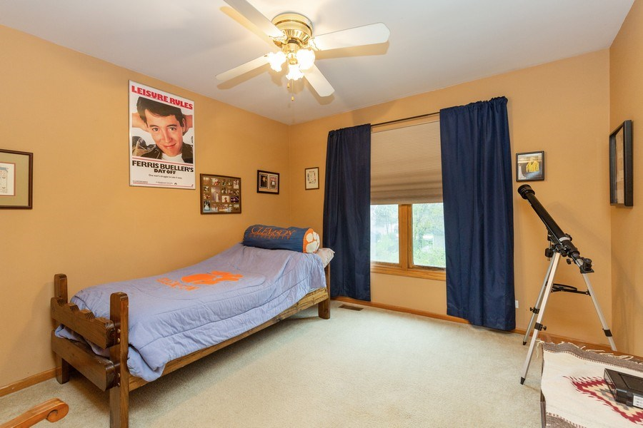 Real Estate Photography - 5 Cardiff Court, Algonquin, IL, 60102 - 3rd Bedroom