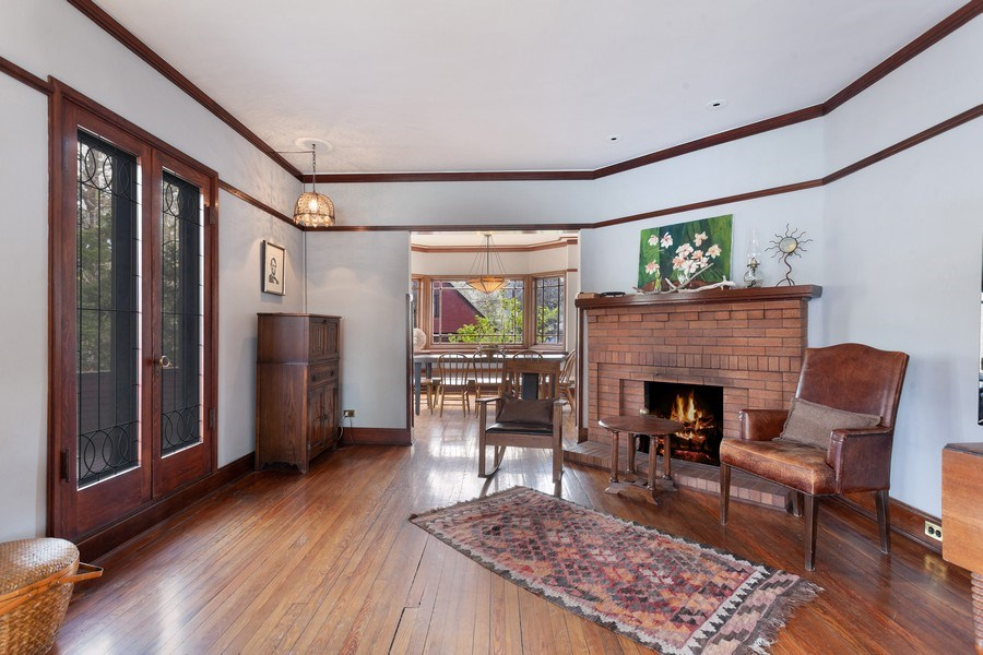 Real Estate Photography - 1019 Chicago Ave, Oak Park, IL, 60302 - Living Room